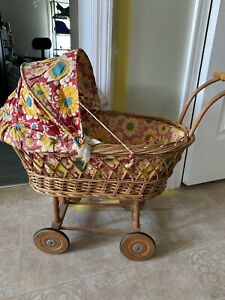 Vintage Doll Baby Carriage Buggy Baby Wicker Rattan Wood Wheels With Bedding