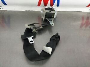 67aa 2008 Toyota Fj Cruiser Oem Driver Left Rear Interior Seat Belt Tensioner