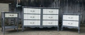 Beautiful Vintage Dixie Bedroom Set Refurbished Very Good Condition