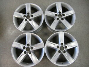 Set Of 4 2012 2014 17 Toyota Camry Silver Painted Wheels 42611 06750 69604