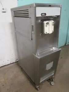 taylor 758 33 Commercial Soft serve Ice Cream 3ph Air Cooled W foot Control