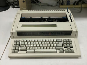Vintage Ibm Wheelwriter 2500 By Lexmark Typewriter Good Condition