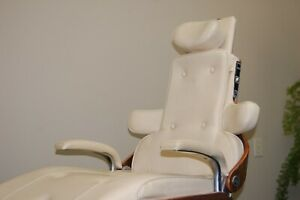 Pelton And Crane Chairman Dental Chair Ivory