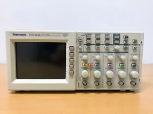 Tektronix Tds2014 100mhz 4ch Oscilloscope With P6100 Probes