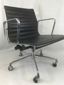 Herman Miller Eames Group Executive Chair Black Fabric c