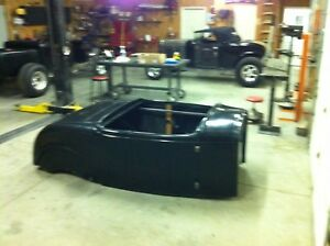 Replacement Fiberglass 1932 32 Roadster Body Hung And Latched