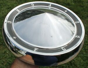 one 1960 1961 Ford Poverty Dog Dish Hubcap 10 5 60 61 Galaxie Fairlane 500
