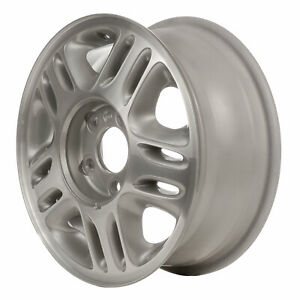 05057 Used 15x6 Alloy Wheel Rim Light Gray Textured And Machined