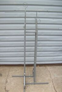 Store Display Fixtures Boutique Style 4 Arm Rod Clothing Garment Rack