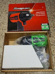 New Snap On 1 2 Drive Air Impact Wrench Green W boot Pt850g 1190 Break Away