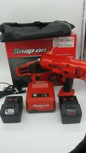 Snap on ct8850 1 2 18volt monsterlithium ion Impact Wrench Set 2 5 0ahbatt new