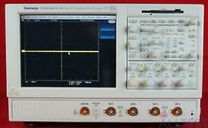 Tektronix Tds5054b nv av Oscilloscope 500mhz 4 channel 5gs s