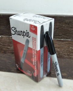 Sharpie Permanent Markers Marks Ink Fine Point Black 24 Counts