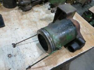 John Deere A Unstyled Air Cleaner Bracket And Body Aa789r A526r