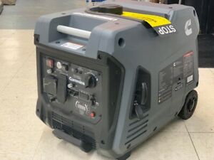 Cummins Onan P4500i Portable Generator Inverter e start quiet 18hr Run Time