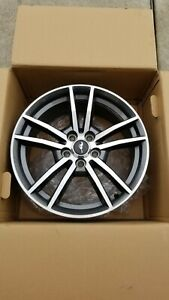 18in Ford Mustang Oem Factory Wheels 8jx18 Et40 Set Of 4 Like New