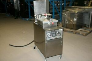 Henny Penny 500 Pressure Fryer 220v With Filter 6 Month Guarantee