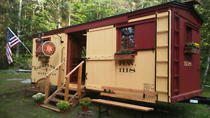 Mobile Bar Home Office The Classic American Boxcar 1118 Tiny House Train