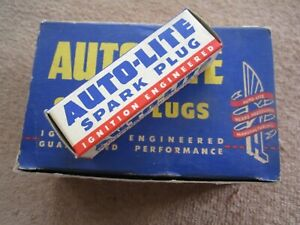 Box Of 10 Vintage Early 1950 s Nos Autolite A11 Spark Plugs 14mm
