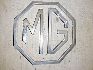 1963 1974 Mgb Gt Trunk Lid Badge Emblem