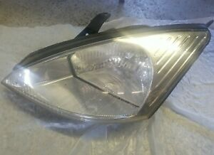 2000 2004 Ford Focus Driver Front Left Head Light Assembly Oem