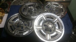 Four 1966 1967 Ford Accessory Mag Hubcaps Country Squire Galaxie 500 Set