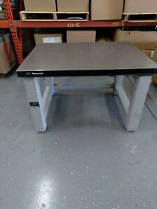 Newport Optical Air Vibration Isolation Table Vw 3646 opt 05 46 W X 36 D