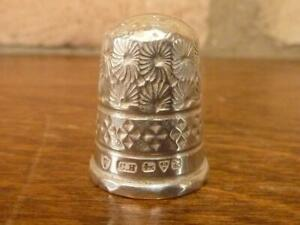 A Nice Antique Size 7 Charles Horner Thimble Hallmarked Silver Chester 1913