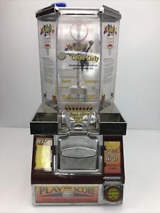 Basketball Style Coin Shooter Candy Vending Machine Key