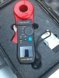 Aemc 3711 Clamp on Ground Resistance Tester W hard pelican style Case