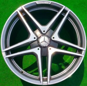 Factory Mercedes Benz Amg Wheels C63s C63 S Perfect Set Of 4 Genuine Oem 19 Inch