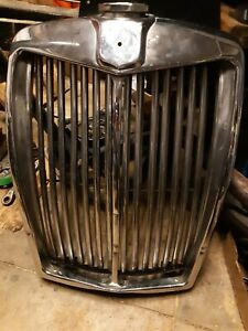 Vintage Mg Magnette Radiator Surround Grille