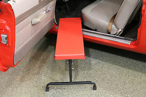 Under Dash Padded Creeper Work Bench With Adjustable Height Utdii By Whiteside