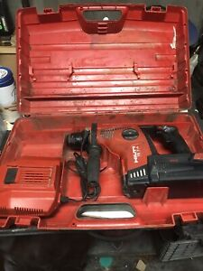 Hilti Te 7 a Hammer Drill With Battery Charger And Case