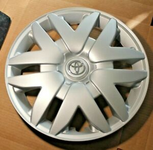 2004 To 2010 Toyota Sienna Hubcap Factory 16 Original 61124 Wheelcover D15