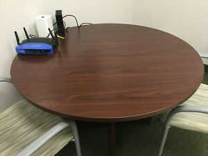 47 1 2 Round Conference Table In Mahogany Laminate Top Base Table Only