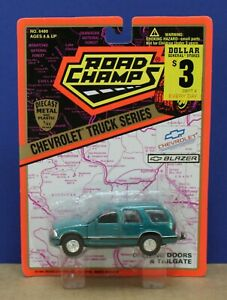 Road Champs 6480 143 1990s Gen 2 Chevy S 10 Blazer Moc Teal 1995