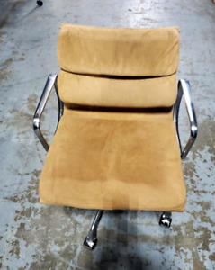 Herman Miller Eames Chair Aluminum Group Softpad Brown Suede chrome Frame