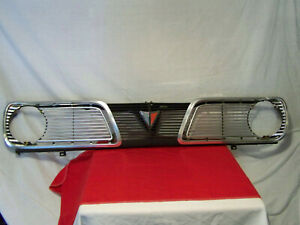 1966 Plymouth Valiant Grille Assy With Latch Assy And Mounting Brackets
