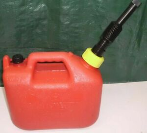 Vintage Wedco 1 1 4 Gallon Pre Ban Vented Plastic Gas Can W Filter Spout