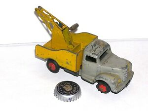 Vintage Dinky Commer Tow Truck Red Light Special
