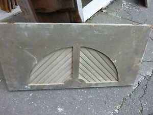 C1890 Victorian Gable End Arched Louver Vent Dry White Paint 33 X 16 X 1 1 8