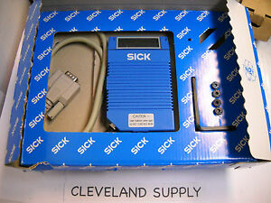 Sick Optic Clv212a1010 Barcode Scanner P n 1 015 252 New Condition In Box