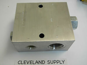 Sun Hydraulics Skj3 Hydraulic Manifold With Cxha Xcn Check Valve New No Box
