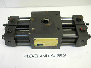 Parker Htr1 8 1858c aa13 a Rack Pinion Rotary Actuator New Condition No Box
