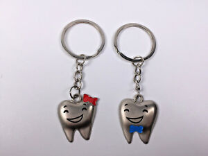 25 Pairs Dental Orthodontic Dentist Assistant Gift Couple Tooth Key Chains Teeth