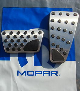 New 2009 2018 Dodge Ram 1500 3500 Auto Pedal Pads Accent Kit Oem Mopar