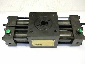 Parker Htr1 8 1858c aa13 f Rack Pinion Rotary Actuator New Condition No Box