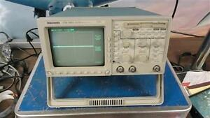Tektronix Tds 340a Two Channel Real time Oscilloscope