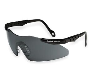 Smith Wesson Tinted Smoke Magnum Shooting Glasses 19823
